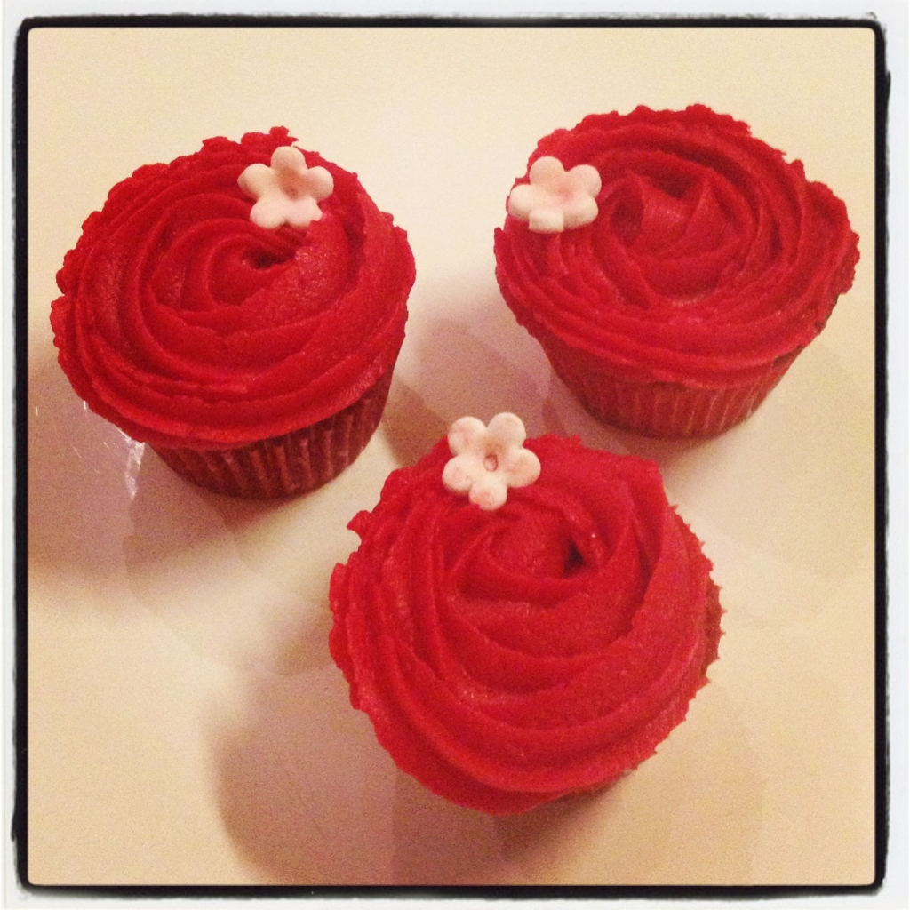 cupcakes roses rouge