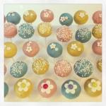 cake pops fleurs