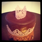 gâteau couronne en dentelle