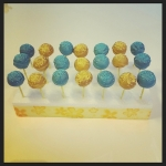 cake pops jaune bleu